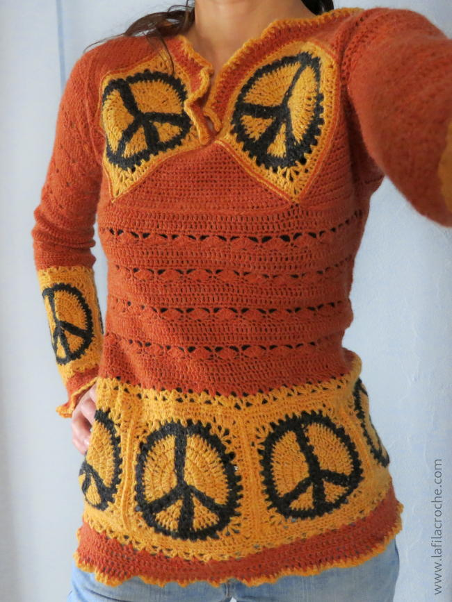 Pull peace and love au crochet