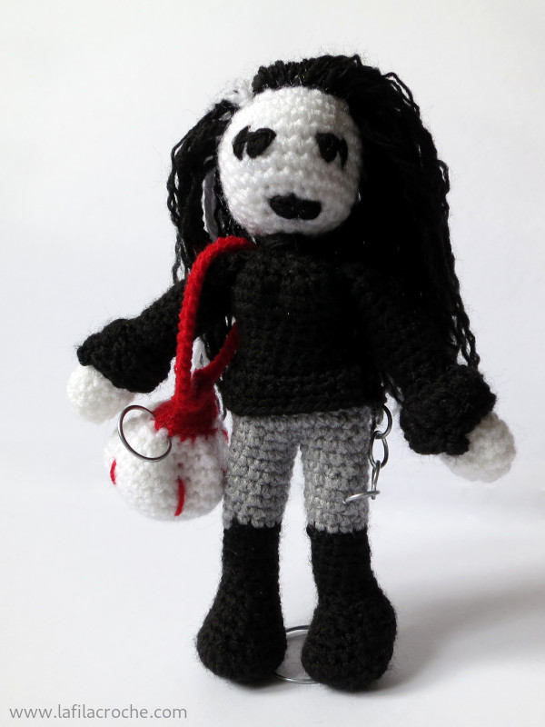 Amigurumi black metalleuse