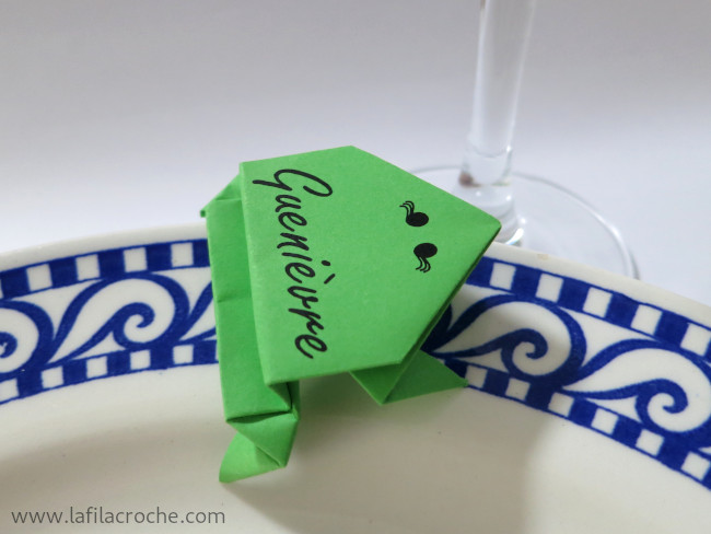Grenouilles-origami-marque-place-4.jpg