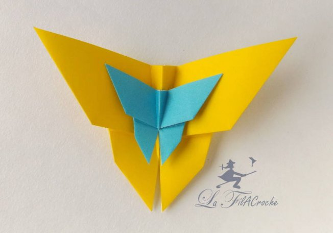 Papillons en origami traditionnel